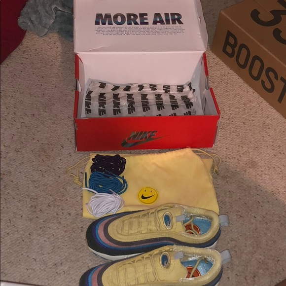 f9bddd676086b Nike Sean Wotherspoon and Yeezy Wave Runners. M 5b6e184e25457aa9bad007b4